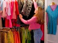 Esta es la comunidad online que está causando furor en la venta y compra de ropa usada